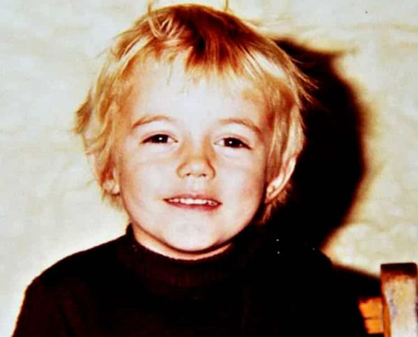 Chris-Hemsworth-Childhood-Photo-He-was-a-really-cute-child