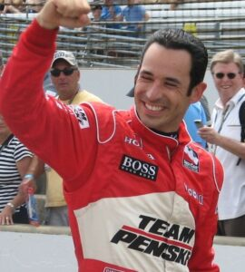 Helio_Castroneves_2009_Indy_500_Carb_Day
